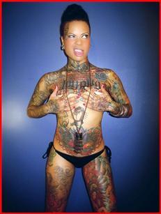 罗德曼裸身秀纹身